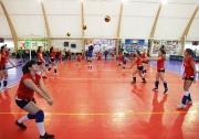 показательная тренировка юных волейболисток на торжественной церемонии открытия спорткомплекса