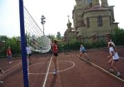 В п.г.т. Алексеевском около второй школы открылась новая современная открытая площадка для игры в волейбол и баскетбол.