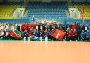 общая фотография участников Турнира по волейболу на Кубок В.И. Грайфера